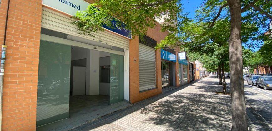 Local comercial calle Escultor Miquel Navarro