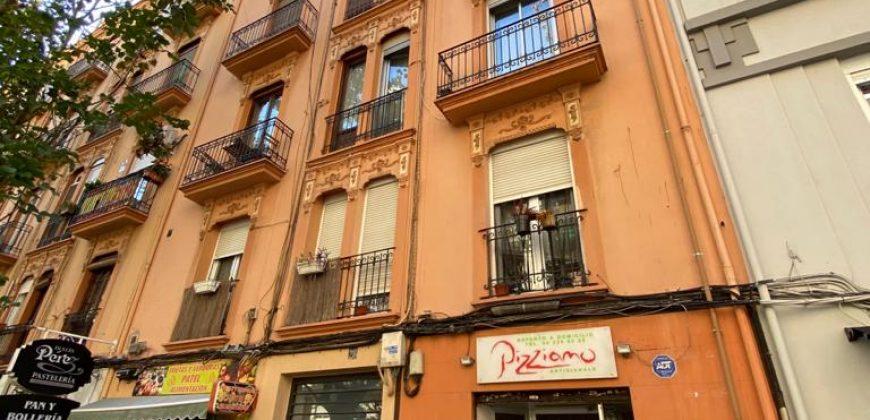 Piso en calle Micer Mascó, 28