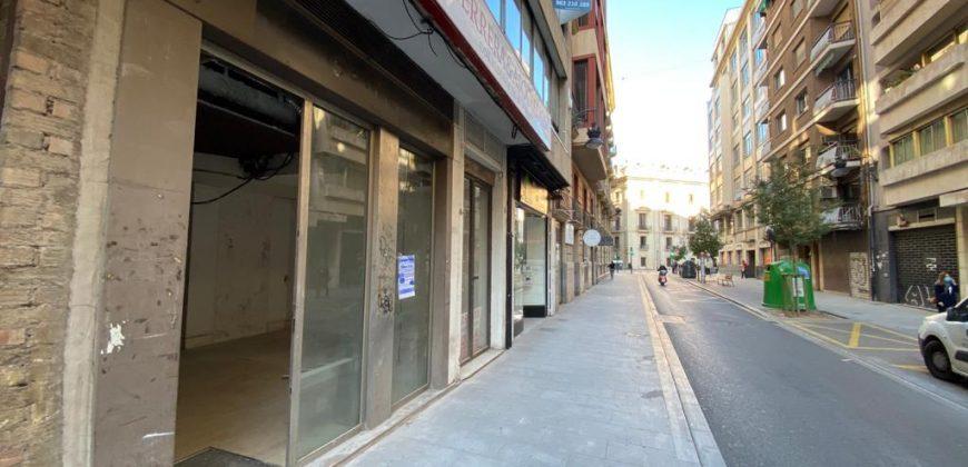 Local comercial en calle Conde Salvatierra, 6